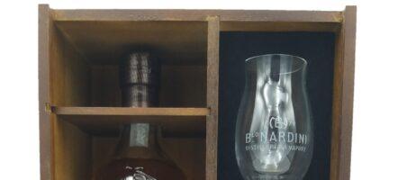 Nardini | Grappa Riserva selezione Bortolo Nardini | 15 Anni | Cassetta in Legno + 2 bicchieri | Cl 70
